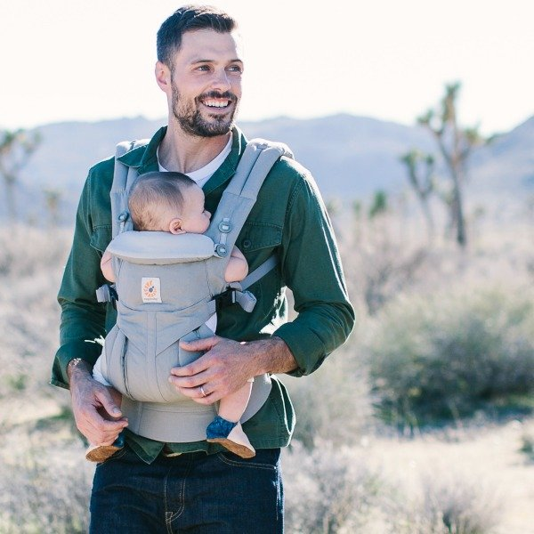 Ergobaby carrier facing out