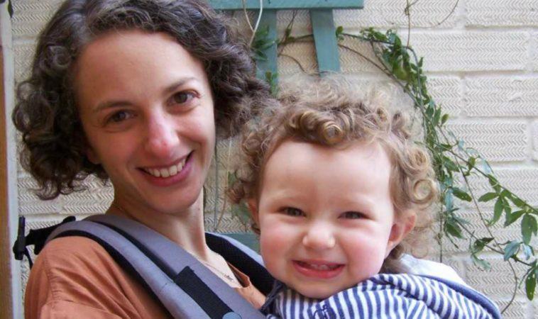 wear my baby babywearing consultant hertfordshire