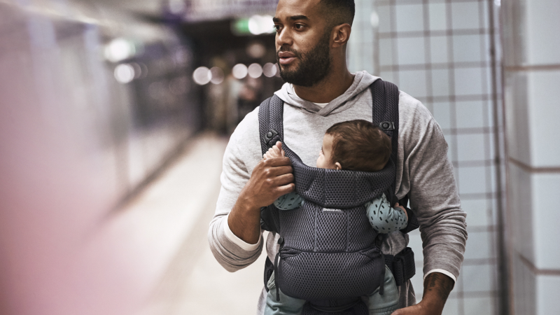 how long can you use a baby carrier for sling uk safety advice bad back dad with baby sling