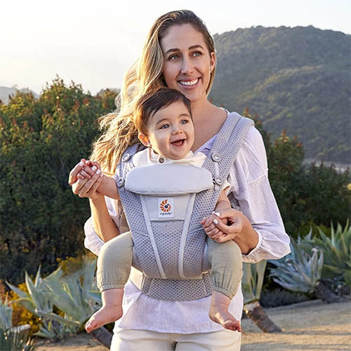Ergobaby Omni Breeze ergonomic baby carrier sling hot weather summer cool mesh