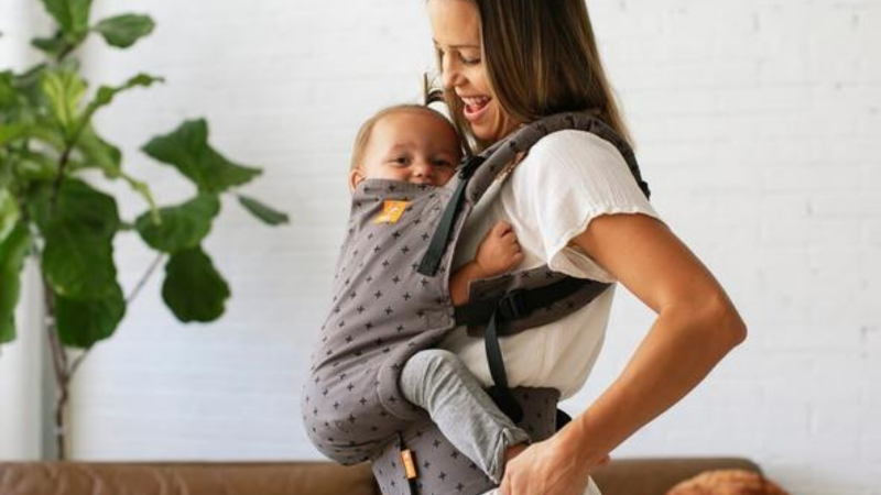 baby carrier hip healthy is it safe for babys hips baby bjorn ergobaby