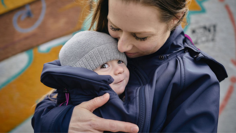 how to keep your baby warm and dry in a sling baby carrier winter rain safety advice