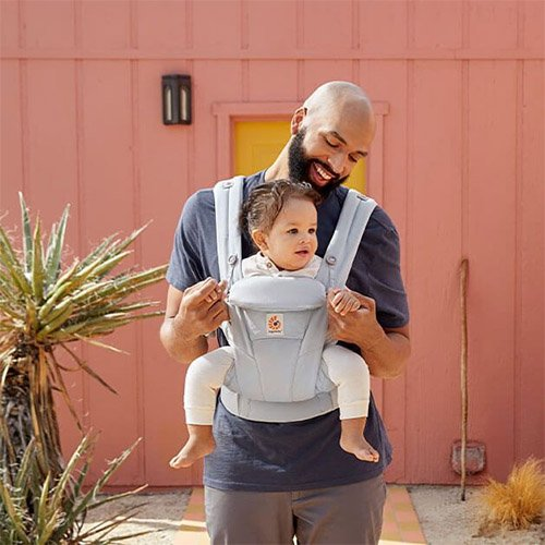 Ergobaby Omni Dream ergonomic baby toddler carrier soft cotton world facing out